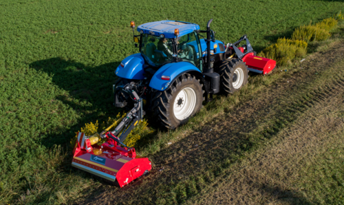 Kverneland FHPplus is a highly versatile solution for farming and road maintenance purposes!